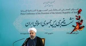 روحانی: با افتخار تحریم ها را دور می زنیم